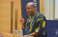 president mahama addressing the audience